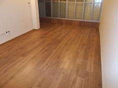 Parquet floor in the living room  פרקטים בסלון  יורם פרקט מכירה והתקנה טל: 050-9911998  http://www.2all.co.il/web/Sites1/yoram-parquet/PAGE17.asp