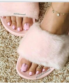New Pink French Pedicure Toenails Ideas Pink Pedicure, Manicure Y Pedicure, Pedicure Soak, Fall Pedicure, Pedicure Colors, Pedicure Ideas, Pretty Toe Nails, Pretty Toes, French Pedicure Designs