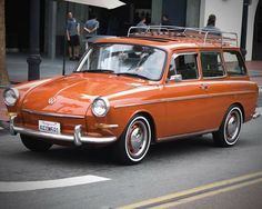 Medium station wagons of the 1960s. Volkswagen Typ 3 Variant.