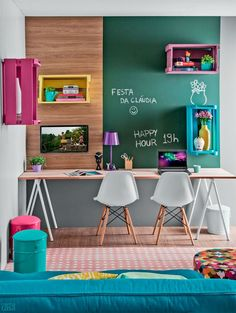 I am in the process of trying to decide what to do with my home office. As I look for ideas, I'm sharing some beautiful home office inspiration. Kids Workspace, Kids Desk Space, Kids Homework Room, Workspace Design, Sweet Home, Study Nook, Study Space, Study Table For Kids, Study Room Kids