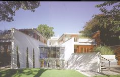 Sir Richard MacCormacs House in camden about to be demolished by Thierry Henry