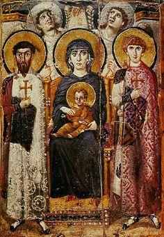 """Una delle più antiche icone mariane esistenti è la """" Kiriotissa"""" tra gli angeli e i santi guerrieri Teodoro e Giorgio ( tecnica dell'encausto), del Sacro Monastero di Santa Cateria sul Monte Sinai, , datata al VI secolo"""