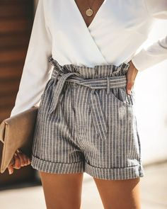 [Women] High Waist Striped Belted Mini Shorts - [Women] High Waist Striped Belted Mini Shorts – Outfit Looks Source by OutfitLooks - Denim Shorts Outfit, Bow Shorts, Shorts Outfits Women, Outfits Casual, Sexy Shorts, Striped Shorts, Short Outfits, Summer Outfits, Cute Outfits