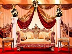 The most important and attractive part of any Indian wedding is its center stage. This stage gets maximum attention. Here are some of the best stage decoration ideas for Indian weddings Flow… Wedding Stage Decorations, Wedding Stage Backdrop, Wedding Stage Design, Wedding Mandap, Backdrop Decorations, Wedding Venues, Wedding Reception, Stage Backdrops, Marriage Decoration