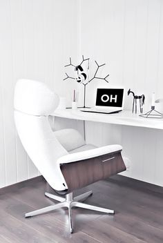 White home office via Only Deco Love.