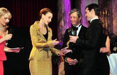 Charles Shaughnessy, last year's winner of the beautiful MyAid Award presented this year's award to Sophie van der Stap (Category: International) at the Dancer against Cancer ball  ©PaulVanDuke