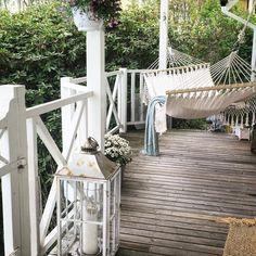 Good morning there's no time to lie down in the hammock today time to go to work. - ingen tid att hänga här idag dags att sätta igång med dagens jobb. God morgon hoppas nu bara solen tittar fram  #goodmorning#godmorgon#hammock #hammocklife#hängmatta#trädgård#altan#garden#gardenlife#porch#veranda by @helishem