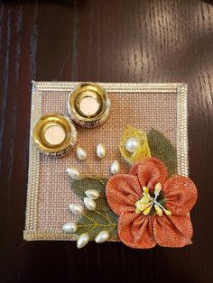 This is a for a single piece haldi kumkum plate made with jute burlap on acrylic with pearl and jute embellishments. Diwali Decoration Items, Thali Decoration Ideas, Diwali Decorations At Home, Diwali Craft, Diwali Gifts, Diwali Diya, Jute Crafts, Towel Crafts, Diy Wedding Ring