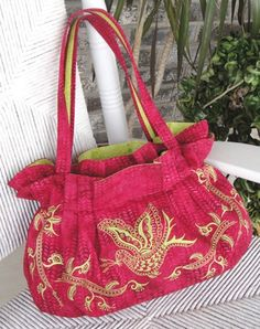 The Carolina Carry-All Pattern - by StudioKat Designs  #sewing #embroidery