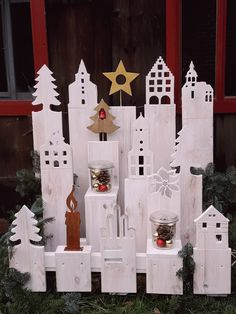 Winter city made of wood decorationoutdoor garden Winter city made of wood - Modern Homemade Christmas Decorations, Thanksgiving Decorations, Christmas Diy, Holiday Decor, Christmas Wonderland, Wood Ornaments, Ornament Crafts, Decoration Table, Autumn Trees