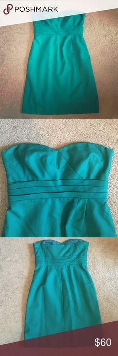 Emerald green j. Crew dress Strapless Emerald green j. Crew bridesmaid dress. Size 14 J. Crew Dresses Wedding