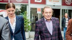 Karel Gott Karel Gott, Suit Jacket, Breast, Suits, Jackets, Fashion, Down Jackets, Moda, Fashion Styles