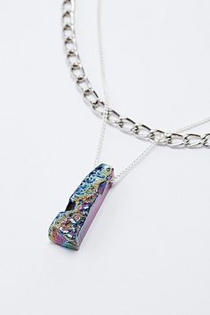 The long Mercury necklace by jewellery label Cult of Youth, known for their unconventional cutting-edge designs, combines iridescent stone with an offbeat double chain for a unique twist.THINGS TO KNOW:- Composition: Semi precious quartz & mixed metals- Hand made in London- Chain length: 88cm