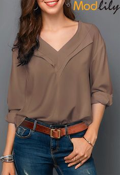 Stylish Tops For Girls, Trendy Tops, Trendy Fashion Tops, Trendy Tops For Women Stylish Tops For Girls, Trendy Tops For Women, Blouses For Women, Blouse Designs, Blouse Styles, How To Roll Sleeves, Casual Tops, Tops Online, Shirts Online