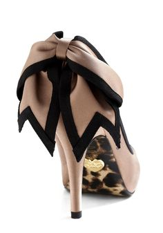 Betsey Johnson Bow Heels