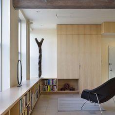 Low Lying Bookshelf And Bench Seat Apartment Bookshelves Office Design Shelving