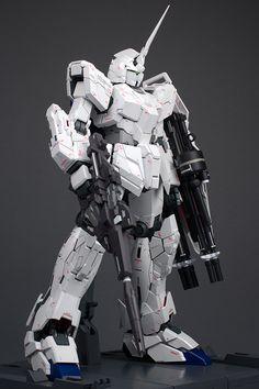 GUNDAM GUY: PG 1/60 Unicorn Gundam - Painted Build [Part 1]