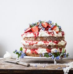 Naked cake glory