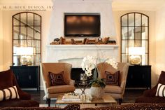 Love the symmetry, color palette and the books on the mantle – Fireplace Living Room With Fireplace, Home Living Room, Living Room Decor, Style At Home, Style Blog, Family Room Walls, Fireplace Mirror, Tall Fireplace, Fireplaces