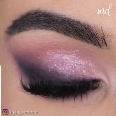 Black Smokey Eye Makeup, Pink Eyeshadow Look, Pink Smokey Eye, Asian Eye Makeup, Makeup Eye Looks, Beautiful Eye Makeup, Pink And Black Eye Makeup, Bridal Eye Makeup, Pink Makeup