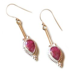 http://rubies.work/0899-sapphire-pendant/ Faceted Ruby earrings in 925 silver, rope design, 41mm incl. hook