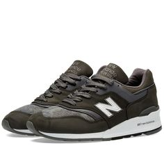 One of the best New Balance silhouettes of all time, the 997 receives a…
