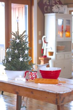 Aunt Ruthie's Very Merry Farmhouse Christmas Home Tour! | Sugar Pie Farmhouse