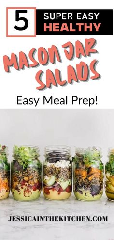 Make these 5 Mason Jar Salads and eat them all week. Ideal for meal prepping! They taste excellent and are super healthy Lunch Meal Prep, Easy Meal Prep, Healthy Meal Prep, Vegan Lunch Recipes, Clean Eating Recipes, Healthy Recipes, Healthy Make Ahead Breakfast, Homemade Soup, Almond