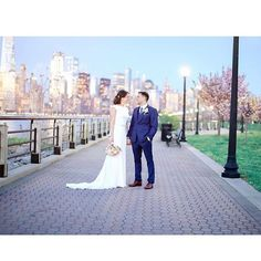Liberty State Park has so many photo ops  ---  @erinnicastrophoto --- #landmarkvenues #landmarkhospitality #libertyhouse #libertyhouserestaurant #jcmakeityours #nyc #njwedding #tietheknot #love #beautiful #eventplanner #weddingplanner  #engaged #bayonne #hoboken #unioncity  #westnewyork  #shesaidyes #weddingdecor  #weddingphotography #weddinginspiration #skyline #weddingphotographer #ceremony #njwedding #newlyweds #shesaidyes #weddinginspo