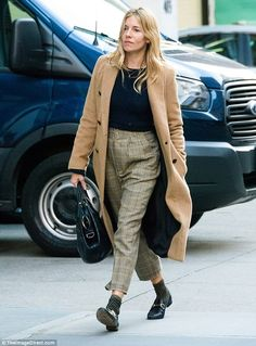Sienna Miller giggles away on NYC stroll with Jake Hoffman | Daily Mail Online