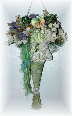 Victorian Style St Patricks Day Tussy Mussy