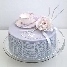 Birthday cake by Gines