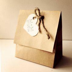 Corazón Favor Kraft bolsas bolsas de boda por AnnsPaperie en Etsy, $1.50