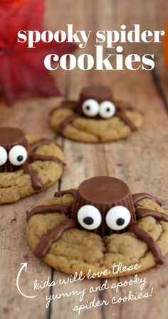 How fun are these Spider Cookies? This is a great Halloween dessert or treat recipe, perfect for classroom parties or gatherings and kids love to help make this fun Halloween snack! Comida De Halloween Ideas, Halloween Snacks For Kids, Halloween Baking, Halloween Goodies, Halloween Food For Party, Halloween Party Decor, Halloween Stuff, Halloween Diy, Easy Halloween Deserts