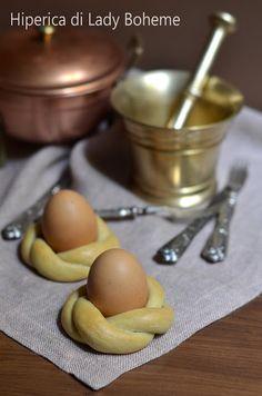Italian Food - Pane di Pasqua con uovo