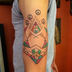 What does pyramid tattoo mean? We have pyramid tattoo ideas, designs, symbolism and we explain the meaning behind the tattoo. Pyramid Tattoo, Symbols Of Strength, Tattoo Shop, Life Tattoos, S Pic, Deathly Hallows Tattoo, Tattoo Studio, Tattoo Designs, Tattoo Ideas