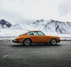 """2,628 Likes, 15 Comments - Classic PORSCHE (@aircooledporsches) on Instagram: """"By: @ahhhsborn #DriveVintage #classiccarvoyage #aircooledporsche . #porsche #germancars #germancar…"""""""