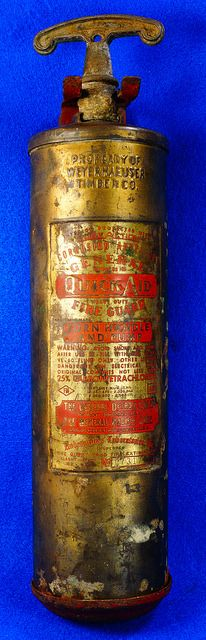 Vintage Brass General Fire Extinguisher Model 85HD With Mounting Bracket RD9491 Extiguisher