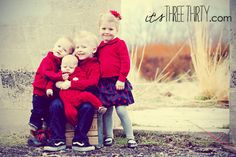 Kids picture idea - matching but each with something unique to make them stand out. Red and blue