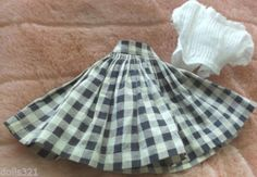 JILL-VOGUE-DOLL-CLOTHES-BLACK-CHECK-SKIRT-with-WHITE-BLOUSE-both-Tag-Vogue-Doll