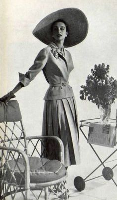 1952 Pierre Clarenc suit ~ETS #fiftiesfashion #vintageclothes #hat