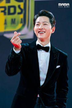Korean Drama Movies, Korean Actors, Song Joon Ki, Kdrama Memes, Taecyeon, Mnet Asian Music Awards, Drama Korea, Asian Men, Actors & Actresses