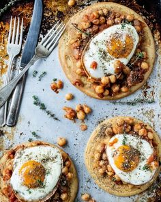 This Spicy Chickpea Breakfast Pizza Will Give You Life