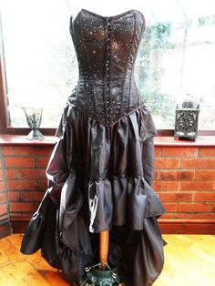 Handmade Steampunk full bustle sparkle black corset dress goth zombie full length in frilled layers front ajustable ties
