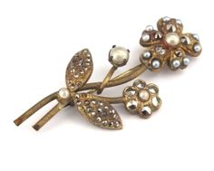 Blumenbrosche mit Strass und Glasperlen - Gablonz/Böhmen um 1930 - sc255   Vintage Bohemian Crystal Rhinestone Flower Pin w/Glass Beads