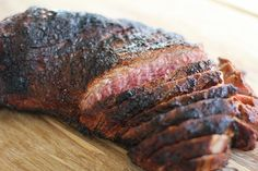 Grilling tri-tip is an easy and delicious method for preparing the meat! All you need in order to prepare grilled tri-tip is a good spice rub or marinade, Tri Tip Oven, Tri Tip Grill, Tri Tip Rub, Bbq Grill, Oven Roasted Tri Tip, Sirloin Tip Steak, Sirloin Roast, Roast Beef, Beef Loin Tri Tip Roast Recipe