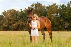 Senior Photography Charleston, South Carolina.  A girl with her horse #seniorphotography #seniorgirlwithhorse #horsephotography #horse