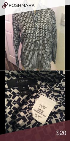 """J Crew popover top. Sz 6 Excellent condition chest measures  chest measures 20"""" and length is 27"""". Cross posted. Sorry no trades or lowball offers J. Crew Tops Tunics"""