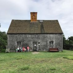 oldfarmhouse:  Had to stop for a photo at the Oldest House on...
