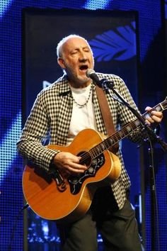 """Pete Townshend found the last Who tour """"tough"""" because Roger Daltrey insisted on having """"complete control"""".The guitarist admits it was frustrating to be left out of decision making, particularly as he didn't agree with everything his bandmate did, but conceded the """"sergeant major"""" singer's ideas made the shows successful. Read more: http://www.malextra.com/music/musicnews/pete-townshend-found-who-tour-tough-851737.html?f=rss#ixzz3hnNE5Lcm"""